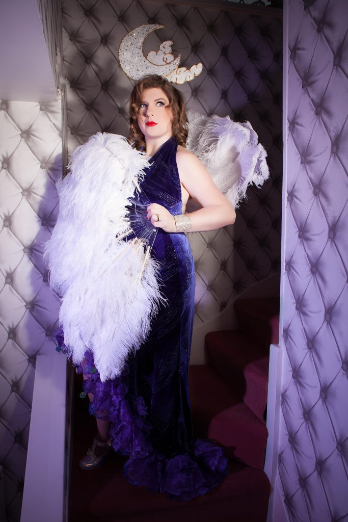 miss burlesque baby July Pin up