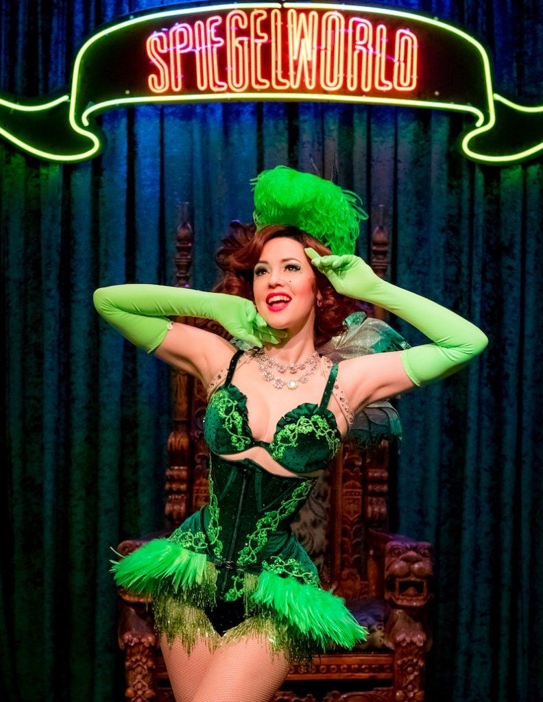 The Green fairy Absinthe Las Vegas. Spiegelworld, showgirls, circus , Vegas show