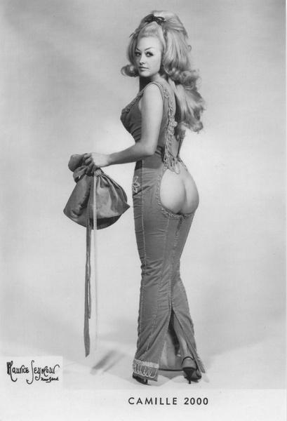 Camille 2000 burlesque costume