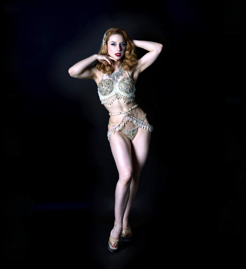 Inga BHOF queen of burlesque - burlesque showgirl