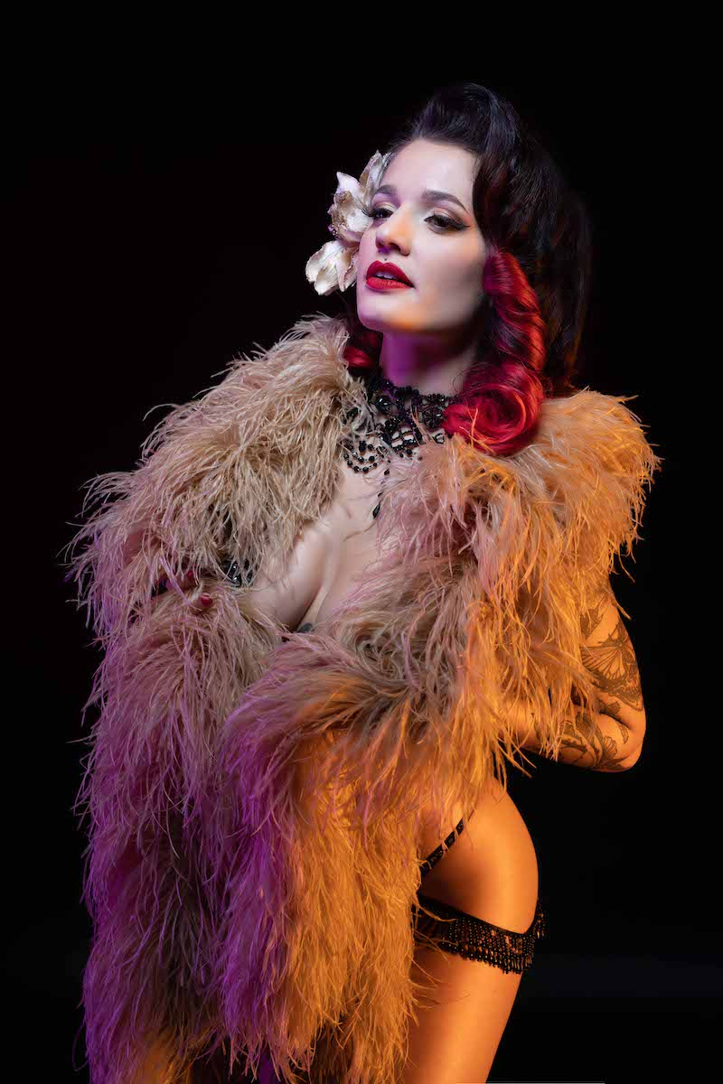 Miss Burlesque Baby pinup girl of the month